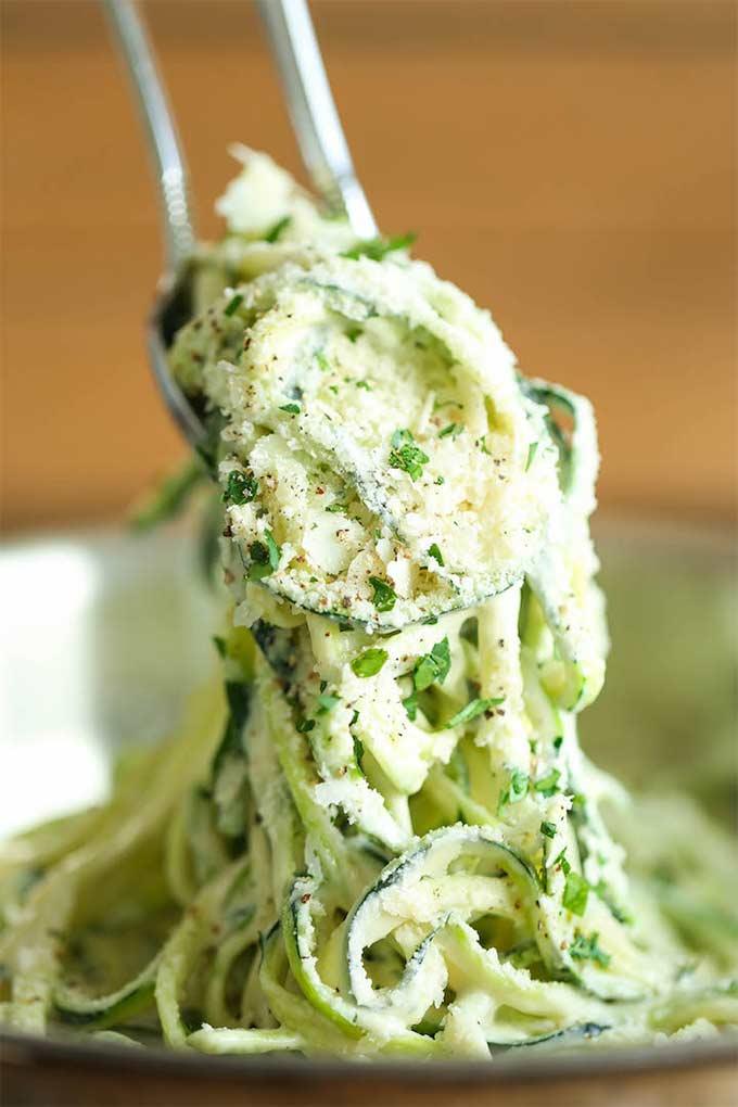 Zucchini alfredo - recipe by damn delicious