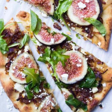 Flatbread with caramelized onions and figs
