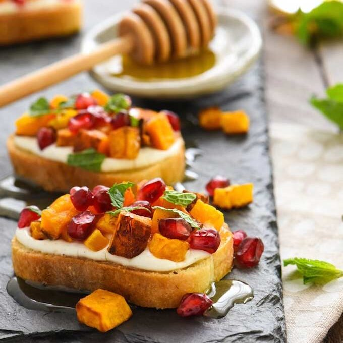 squash pomegranate crostini