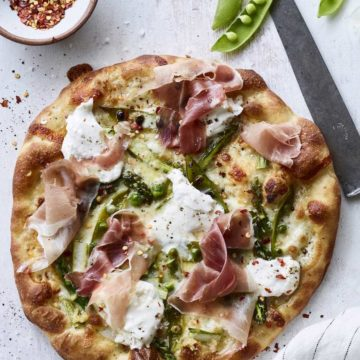 Pizza with burrata, prosciutto pizza