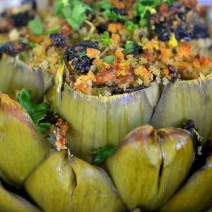 Stuffed artichoke with breadcrumbs and olives