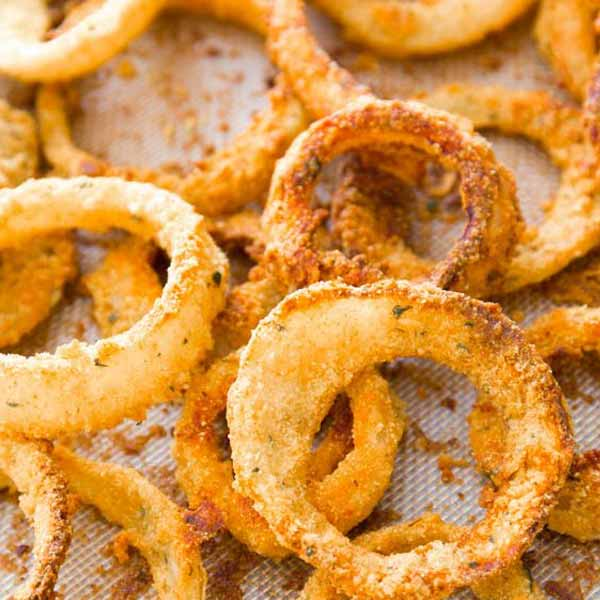 Baked onion rings recipe by Sallys Baking Addiction