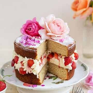 rose layer cake with strawberries and cream, by supergolden bakes