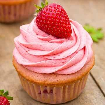 Strawberry cupcakes by Cooking Classy