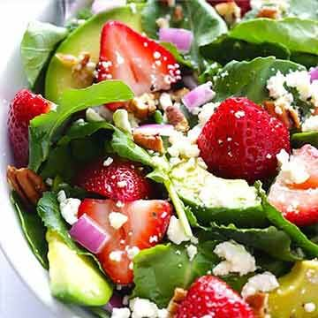 strawberry kale salad recipe by Gimme Some Oven