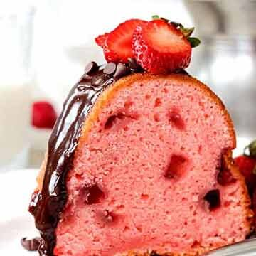 strawberry pound cake recipe by Carlsbad Cravings