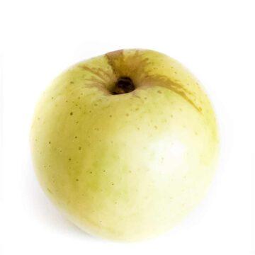 A ginger gold apple