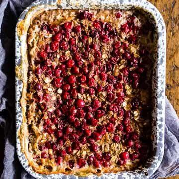 Cranberry banana baked oatmeal recipe by Nutmeg Nanny