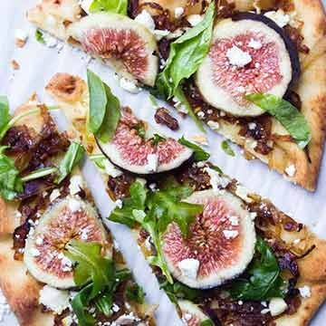 Fig and caramelized onion flatbread recipe by Little Broken