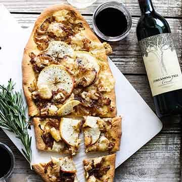 Rosemary, caramelized onion, honeycrisp, and brie flatbread, by My Diary of Us
