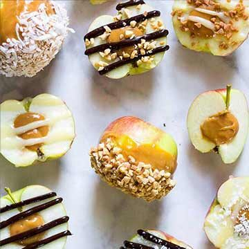 Stuffed caramel apples by The Girl on Bloor